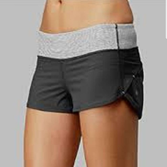 lululemon athletica Pants - Lulu🍋Coal Speed Short